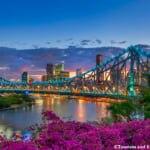 オーストラリア連邦クイーンズランド州ブリスベンのストーリーブリッジのキレイな夜景