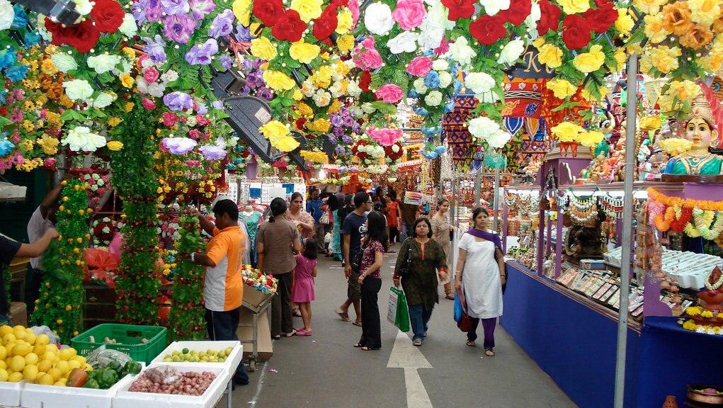 リトル・インディアの市場情報!テッカセンターと周辺の買い物ならここ!