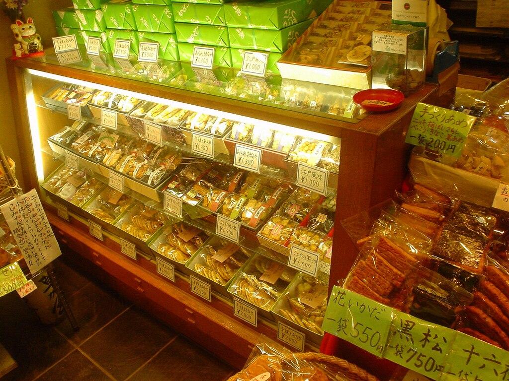 草加せんべいや話題の餃子!草加市で買いたい人気のお土産4選
