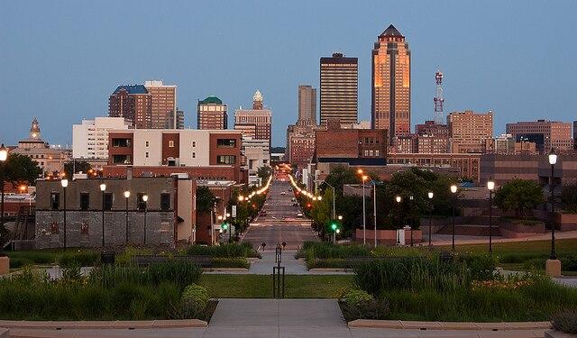 アイオワ州の経済・文化の中心!...
