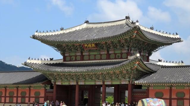 景福宮(キョンボックン)はチマチョゴリを着てお得に楽しもう!
