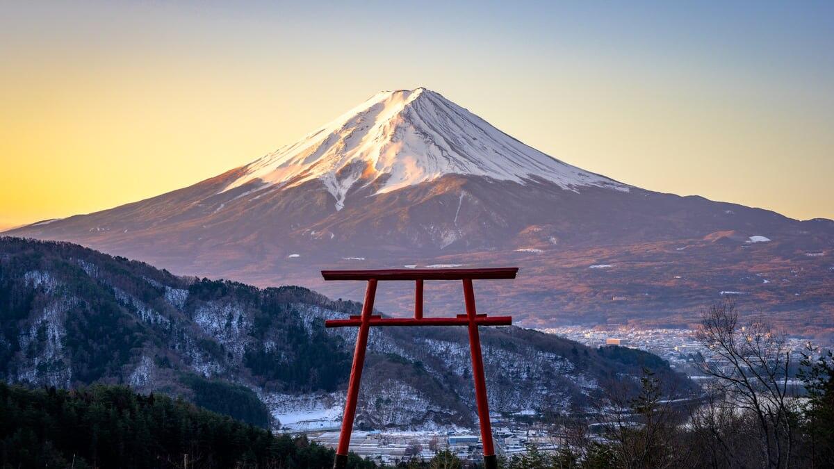 【河口浅間神社】天空の鳥居から眺める富士山の絶景