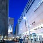 東京の北千州駅広場