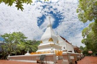 タイのダーンサーイにあるプラタットシーソーンラック