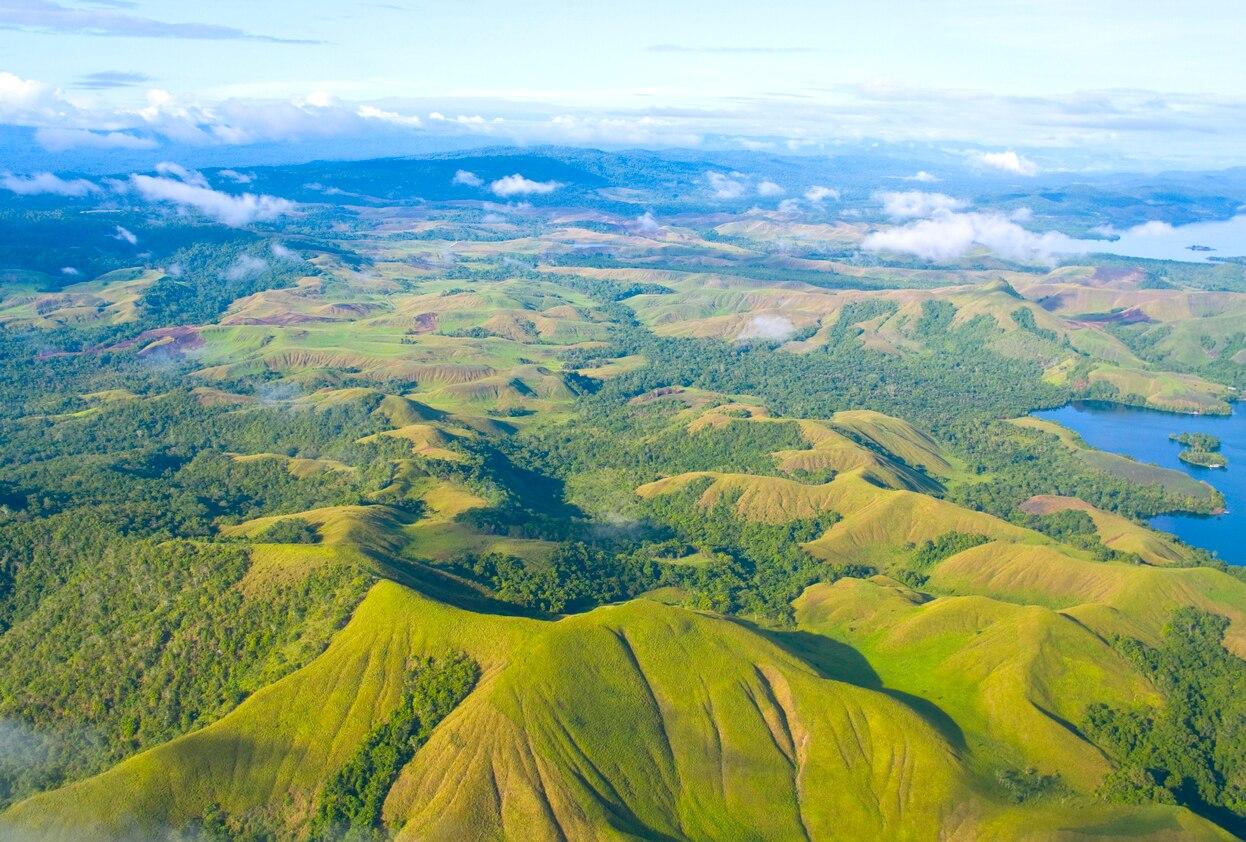 小さな国に大きな魅力がある!ギニアの観光スポットをご紹介 ...