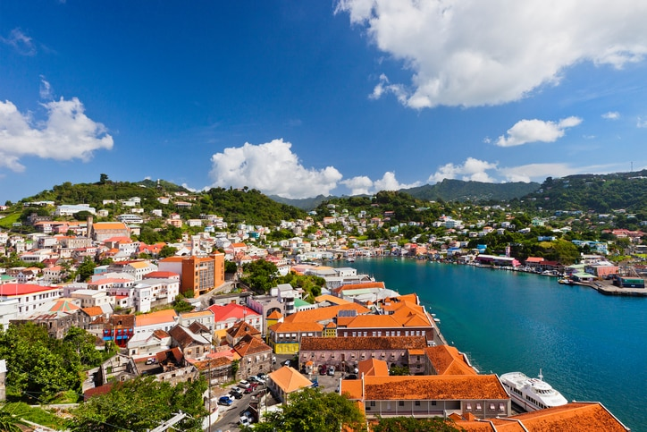 【グレナダのお土産】南の島のスパイスや色鮮やかなバティックがおすすめ!