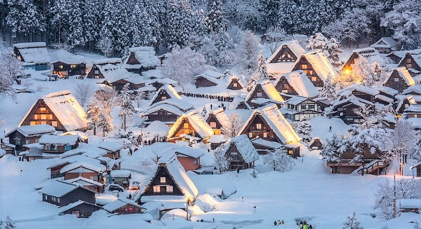 昔懐かしい景観が広がる雪国の世界遺産!白川郷・五箇山の合掌造り集落 ...