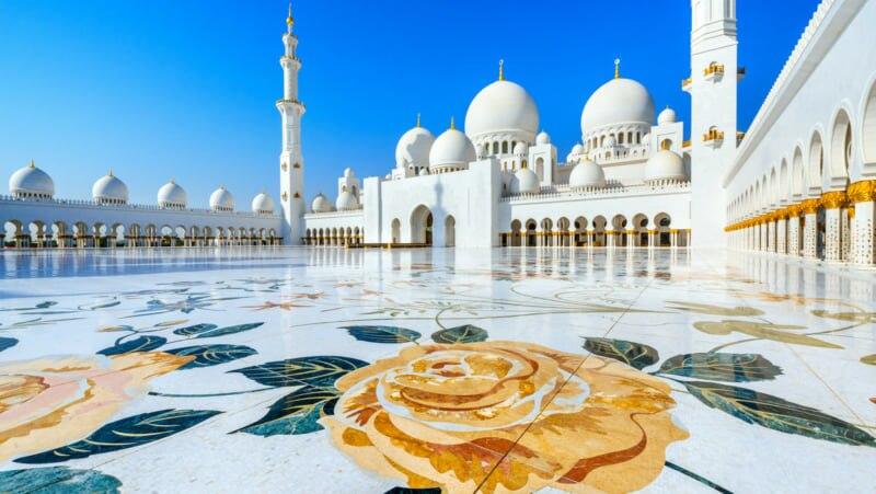 アブダビ観光スポット17選!摩訶不思議なアラビアンナイトとSFの世界