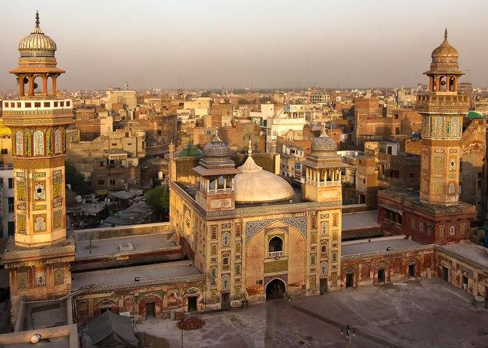 【パキスタンのお土産】絨毯から岩塩まで、個性豊かなお土産が勢ぞろい!
