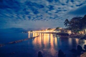 マウイ島ラハイナの夜景