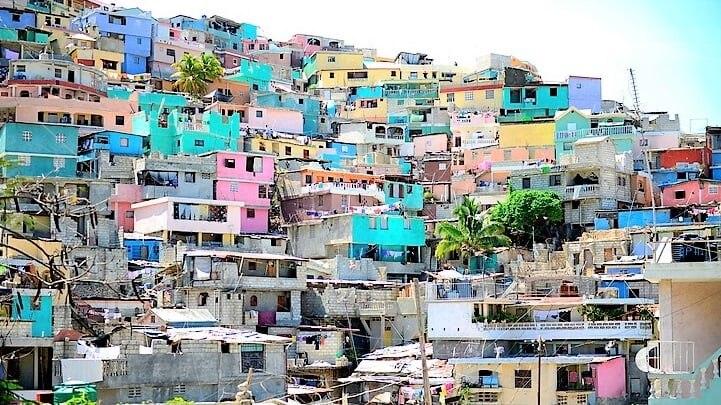 ハイチの首都ポルトープランスでショッピングを楽しむならここ ...