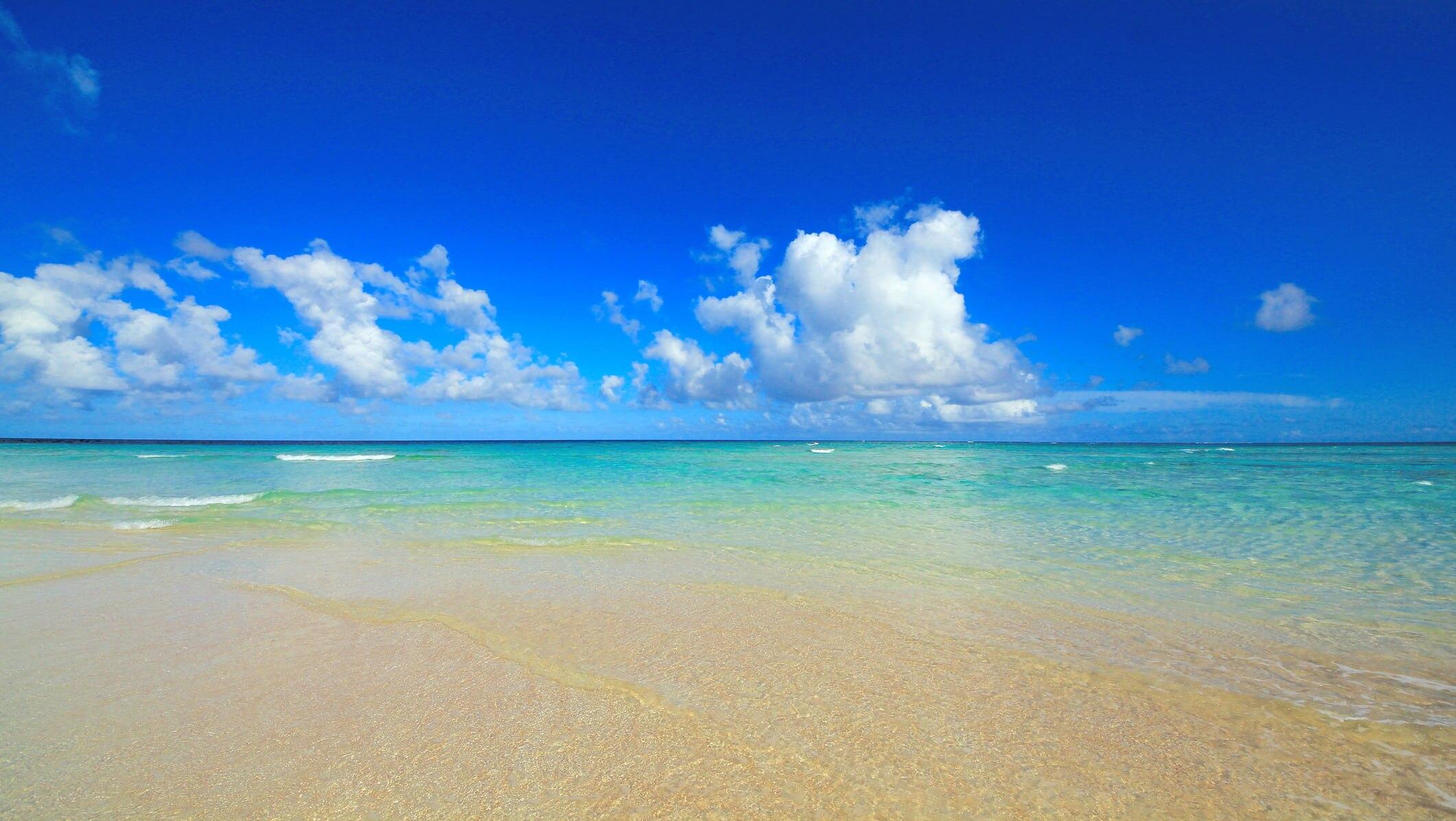 与論島を満喫する観光スポット15選!エメラルドグリーンの海に癒される旅
