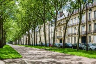 フランスのベルサイユにあるアベニュー