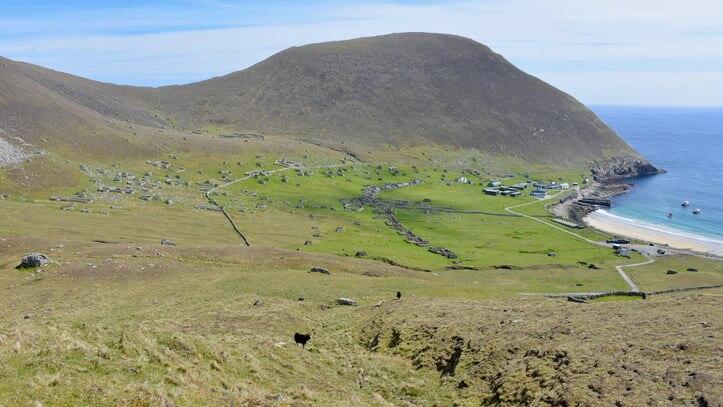 イギリスの世界遺産の島セント・キルダ!住民の去った断崖絶壁の孤島