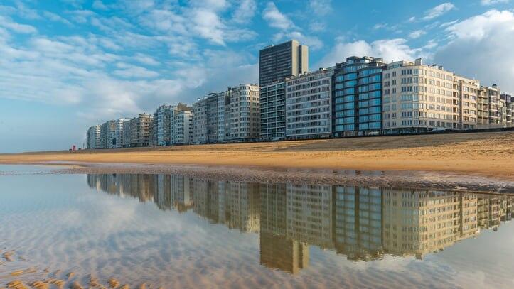 ベルギーで海とビーチを満喫!オーステンデのおすすめ観光スポット5選