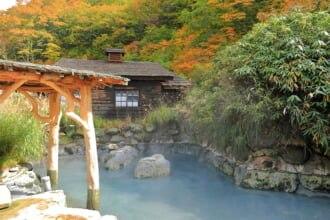 【秋田県】紅葉の乳頭温泉 鶴の湯