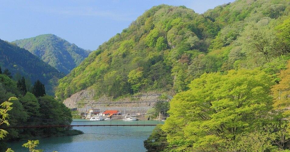富山県・庄川温泉でゆったりと癒...