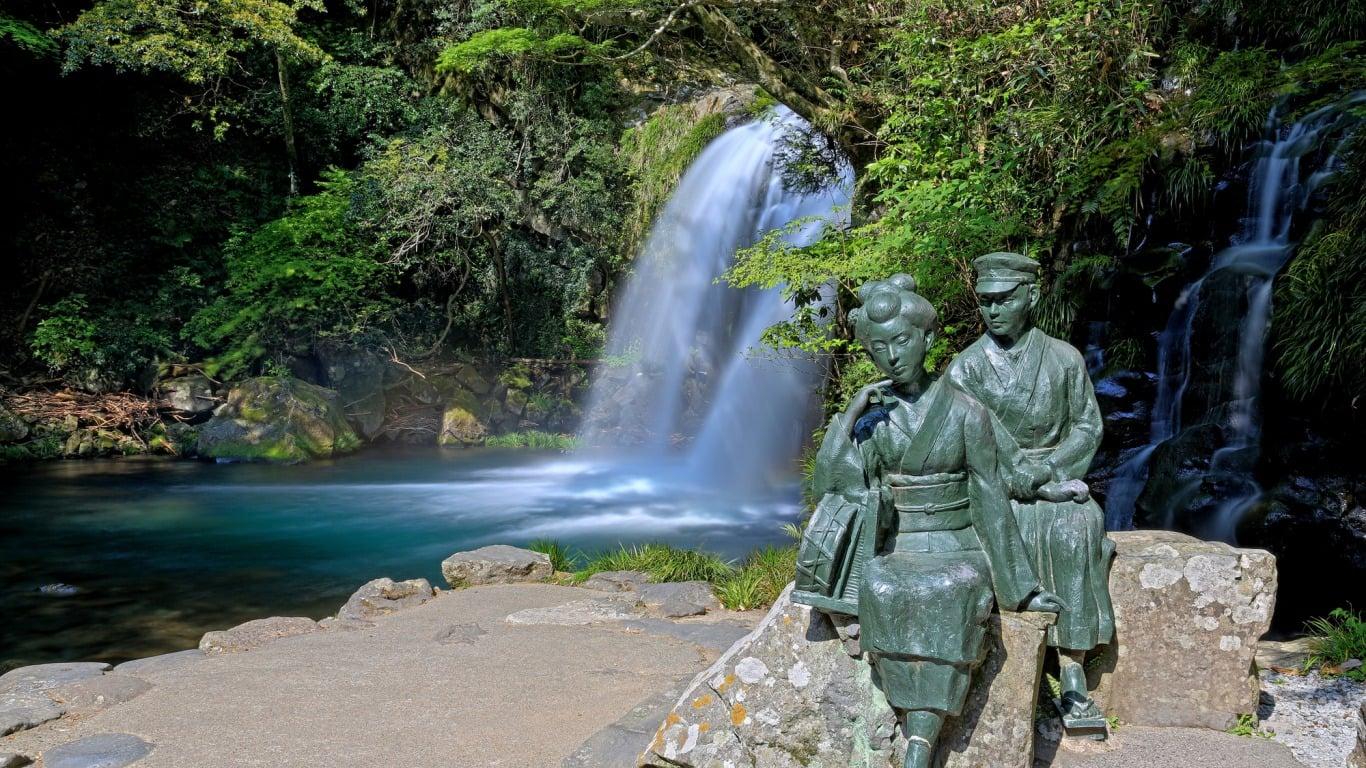 伊豆に来たらぜひ訪れたい!紅葉の名所「河津七滝」の見どころ