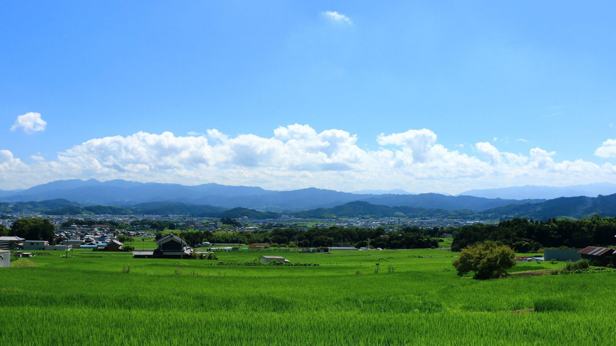 葛城山と金剛山の麓・神話と薬の歴史にあふれる奈良県御所市の観光名所5選