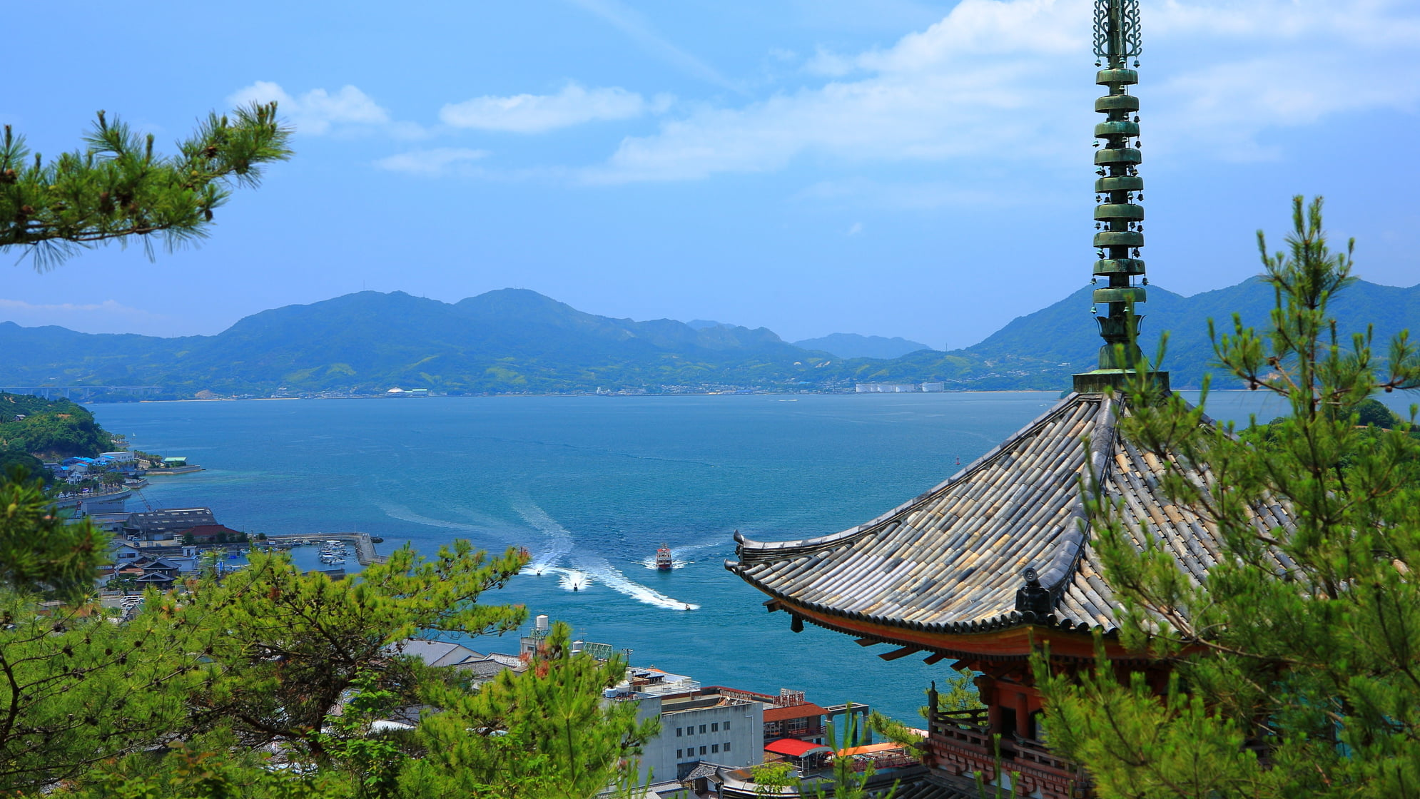 神の島と呼ばれた尾道市生口島は、耕三寺など見所満載の観光スポット