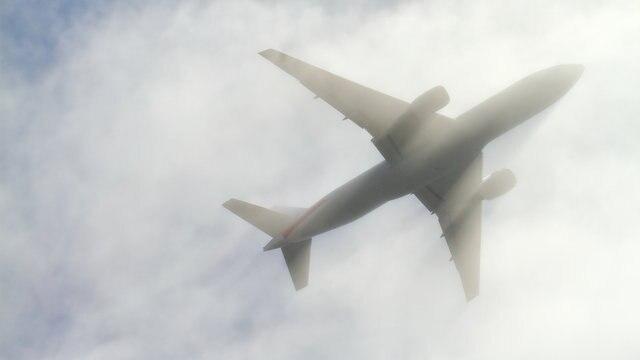 飛行機はどうして揺れる?仕組みがわかっていれば恐くない!