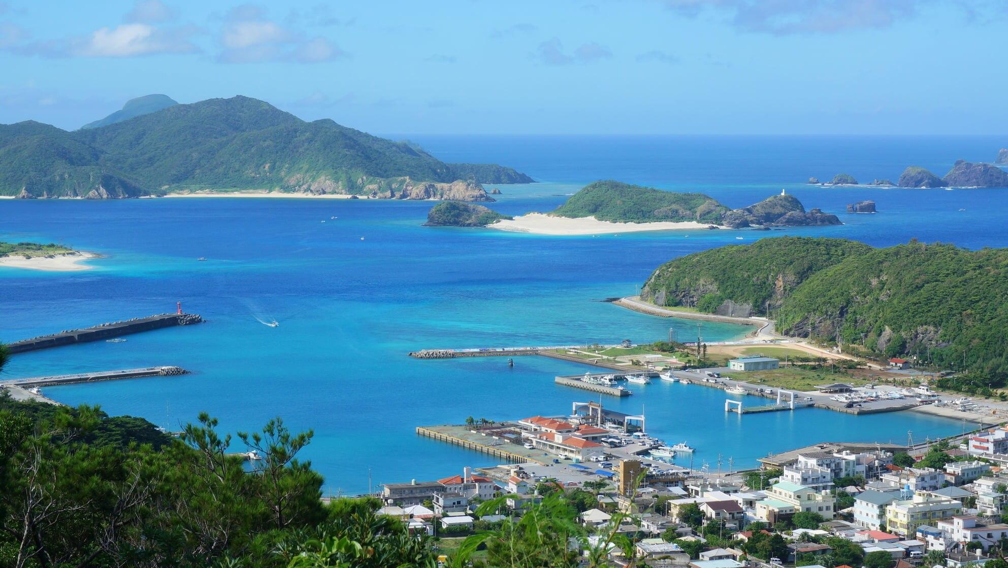 沖縄県座間味島周辺のおすすめホテル|ケラマブルーの海を堪能できる島