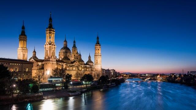 サラゴサ スペインの美しき古都、サラゴサのおすすめ観光スポット10選!