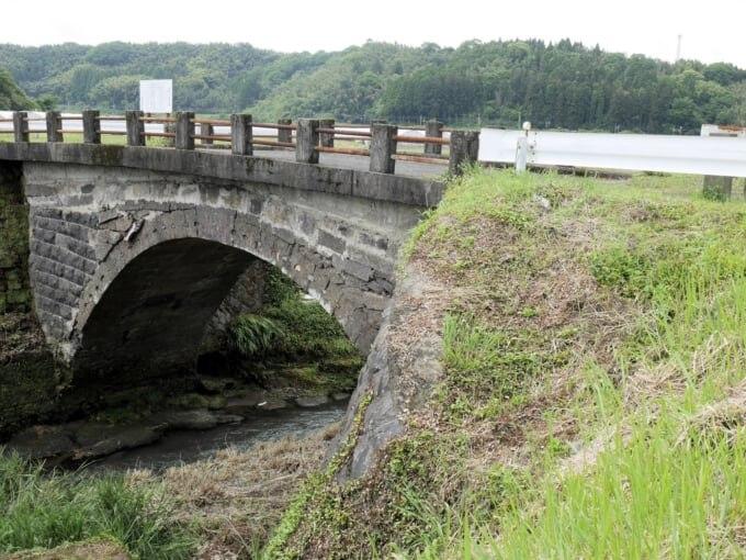熊本県最古の石橋 西南戦争を見た豊岡の眼鏡橋 (熊本市北区植木町)