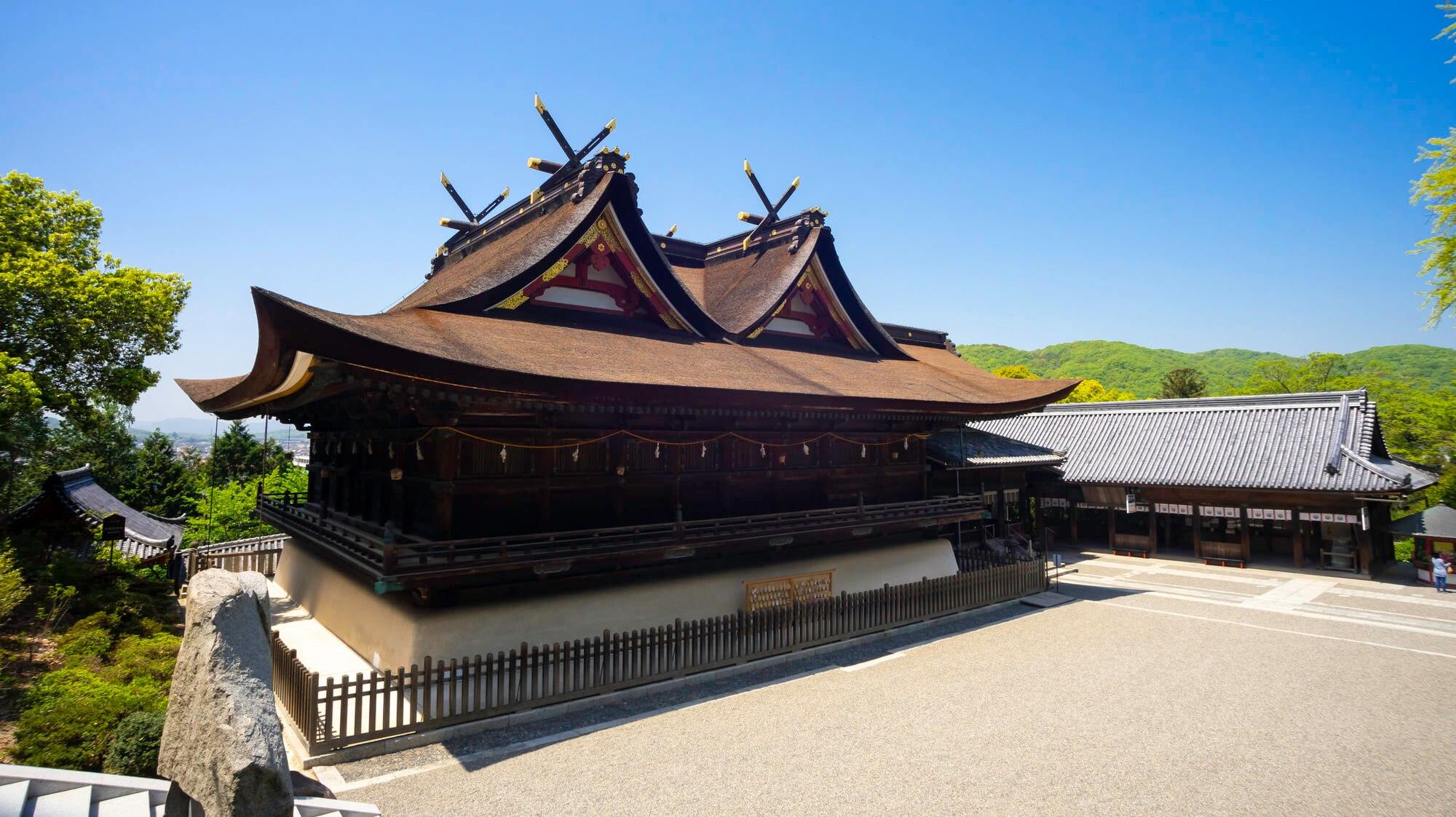 桃太郎ゆかりの吉備津神社で、見ておくべき観光のポイントを解説します!