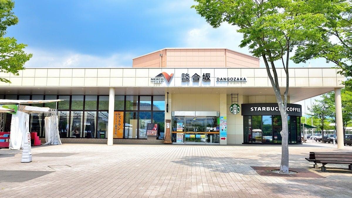 【中央道】サービスエリアのグルメ18選!ランチやお土産もご紹介!