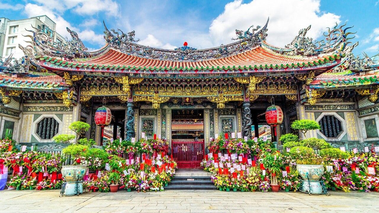 台北のパワースポット「龍山寺」の見どころ・参拝方法をご紹介