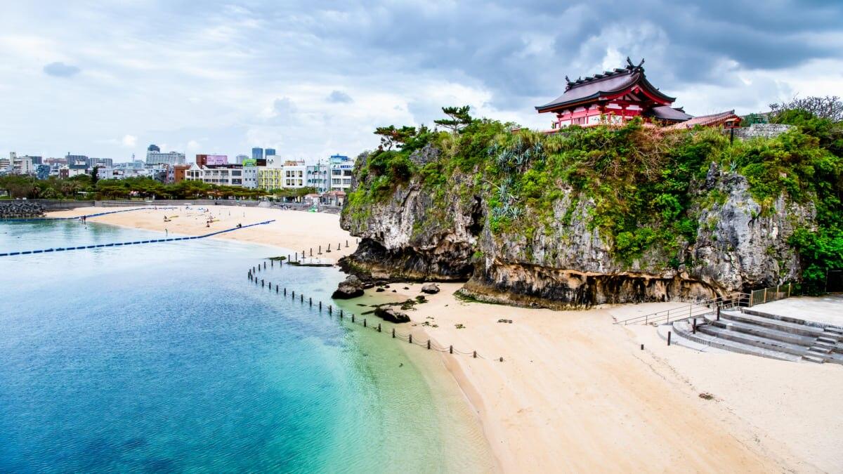 【那覇】波上宮や波の上ビーチがある「波の上うみそら公園」とは?BBQも楽しめる!