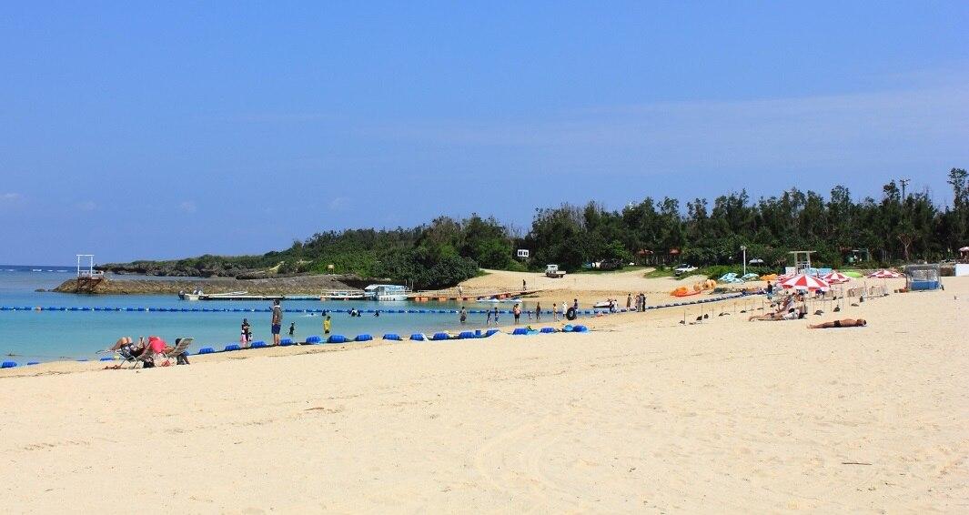 楽しいアクティビティと自然が満載!沖縄・読谷村の残波ビーチ!