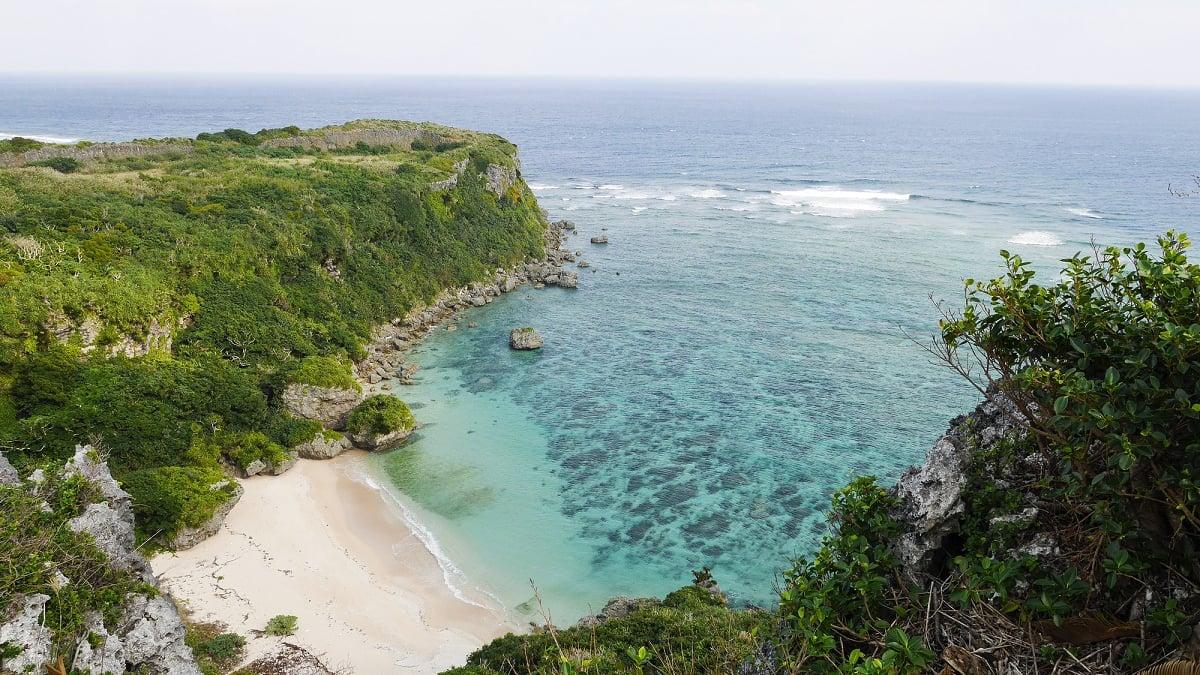 【沖縄/宮城島】「果報バンタ」は幸せになる絶景穴場パワースポット♪