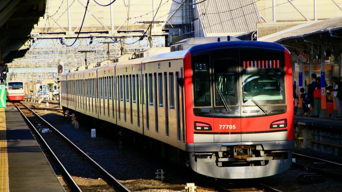 東武・日比谷線の「THライナー」の運転時刻と料金が決定!朝も座ってラクラク