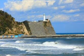 豊間海岸と塩屋埼灯台