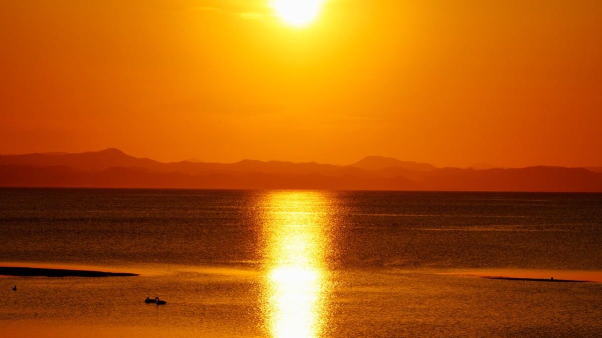 サロマ湖は日本で3番目に大きな湖!原生花園やグルメの旅へ