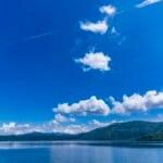 十和田湖の夏の湖岸