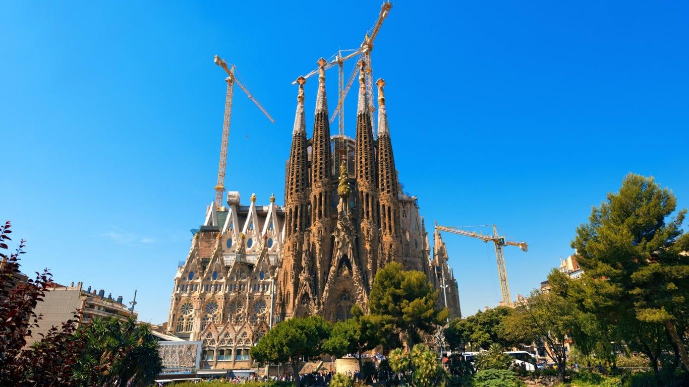 これを見ずしてバルセロナは語れない!世界遺産アントニ・ガウディの作品群