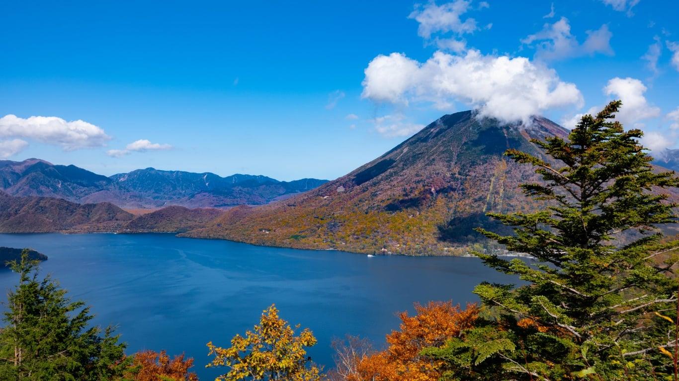栃木・中禅寺湖の観光スポット15選!日本屈指の高さを誇る湖を満喫