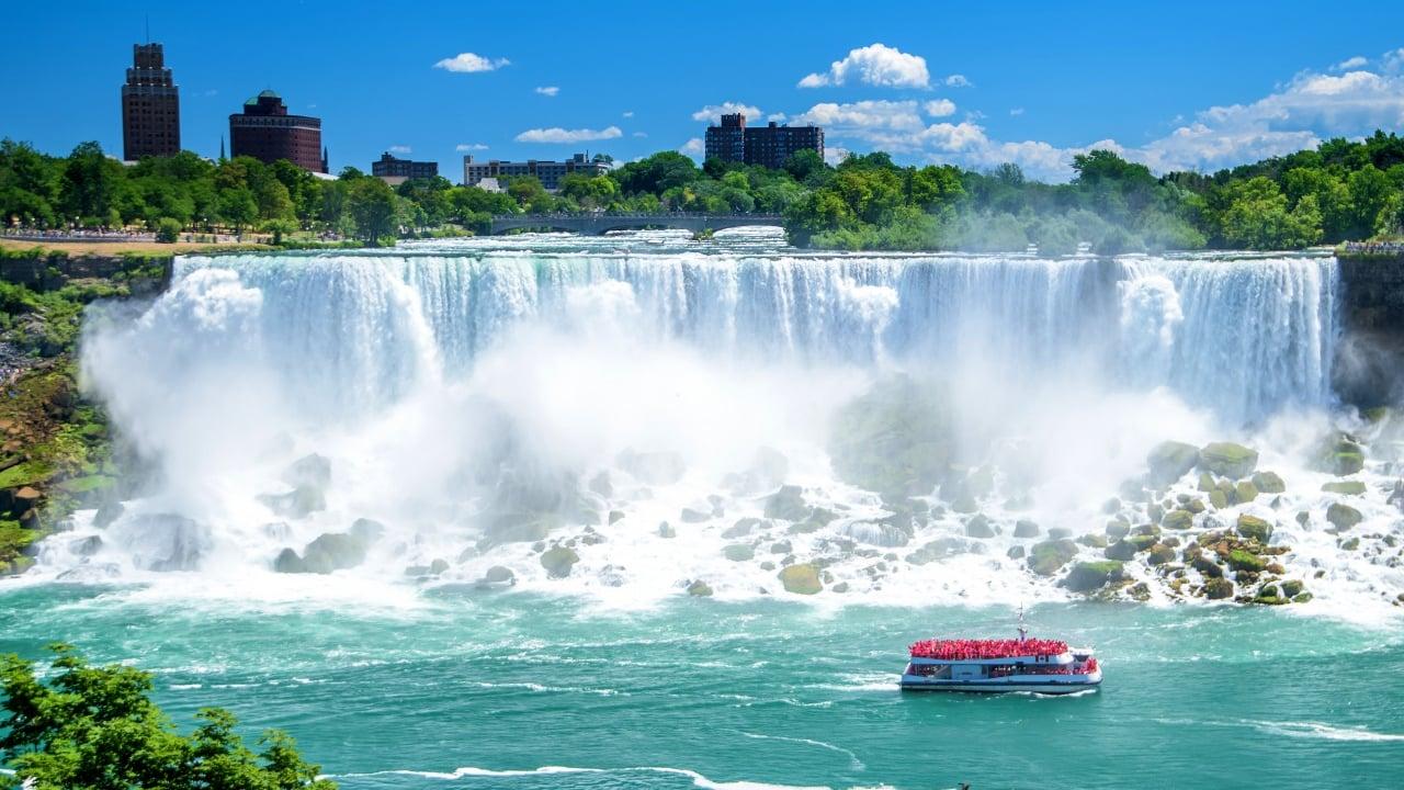 ナイアガラの滝を100倍楽しむ方法|あなたはどこから眺める?