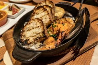 パンと海鮮のランチプレート(イメージ)