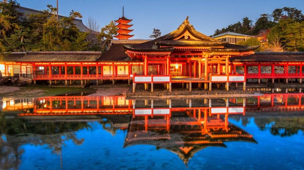 日本の美しい世界遺産「厳島神社...
