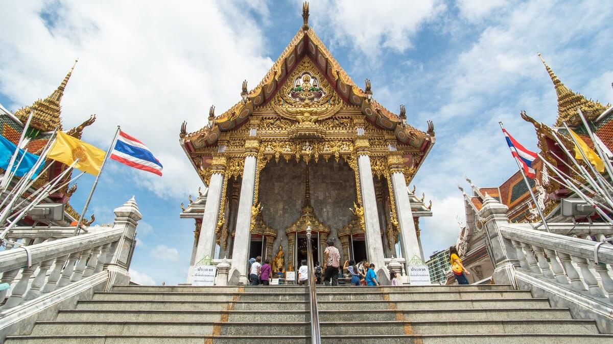 【御利益の高い寺院】バンコクのワット フアラムポーンのホテルまとめ!