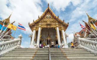 【御利益の高い寺院】バンコクのワット フアラムポーン