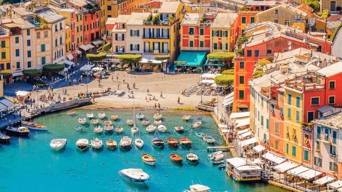 ポルトフィーノは色彩豊かなイタリアの港町!その魅力と行き方を解説
