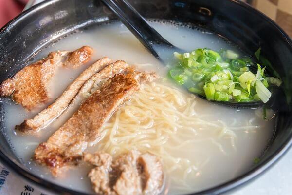 ついつい食べたくなる味!青森県青森市の豚骨ラーメン3選!