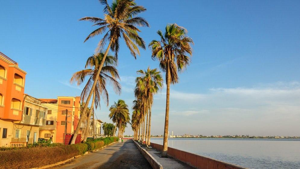フランスが香るセネガルの世界遺産 !歴史的な街並みが魅力のサン ...