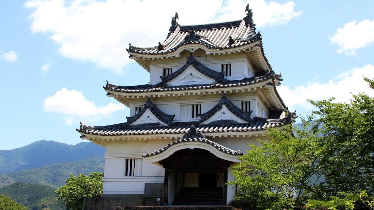 愛媛県には現存天守が2つある!宇和島城の観光の見どころをお教えします