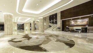 ゴールデン レイク ホテル (昇恆昌金湖大飯店)